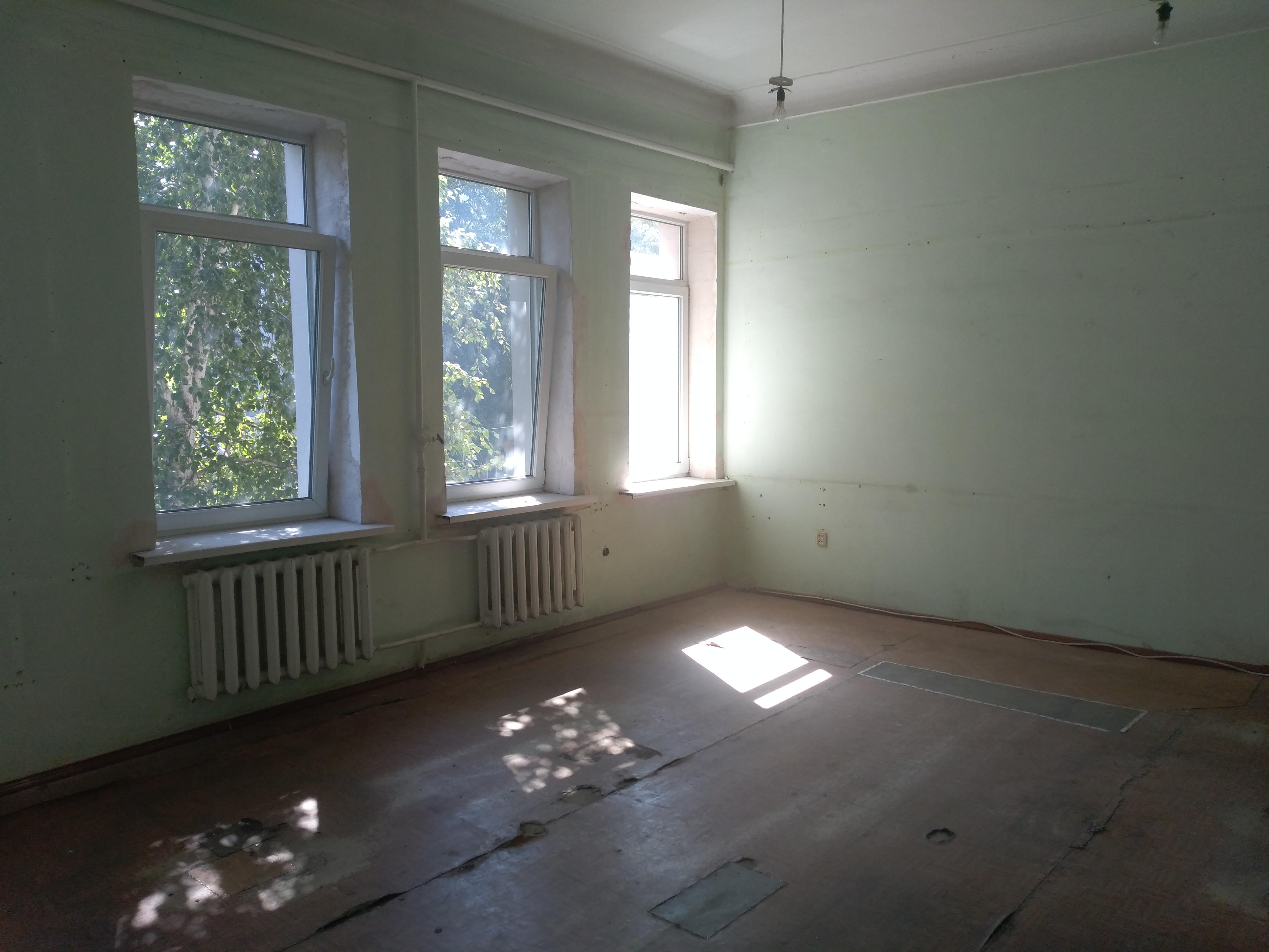 Аукціон на право оренди нерухомого майна комунальної власності Бахмутської міської територіальної громади, розташоване за адресою м.Бахмут, вул.Б.Горбатова, 57, загальною площею 38,54 кв.м.