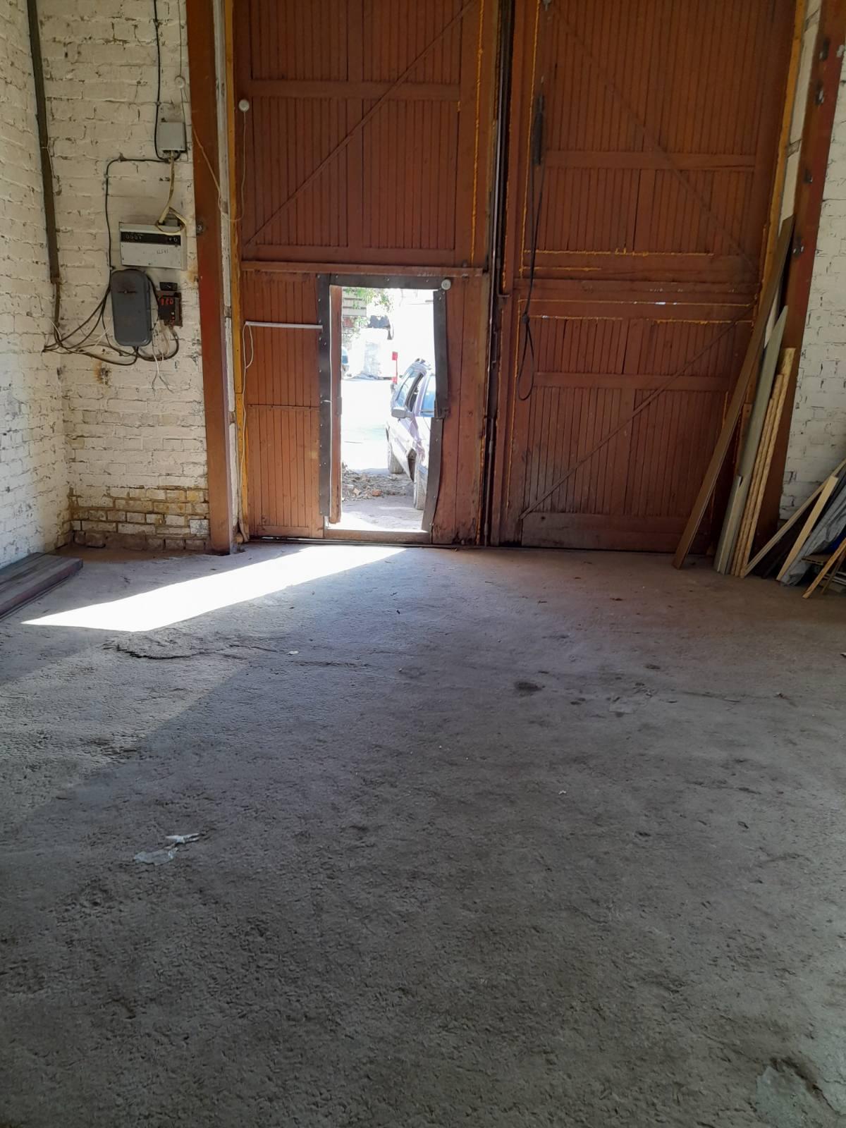 оренда частини нежилого приміщення площею 220м.кв